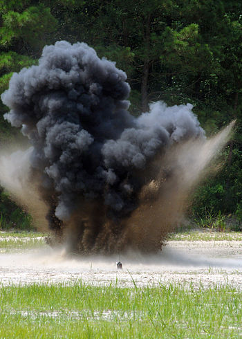 English: An explosion Deutsch: Eine Explosion